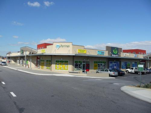 Bennet Springs Shopping Centre