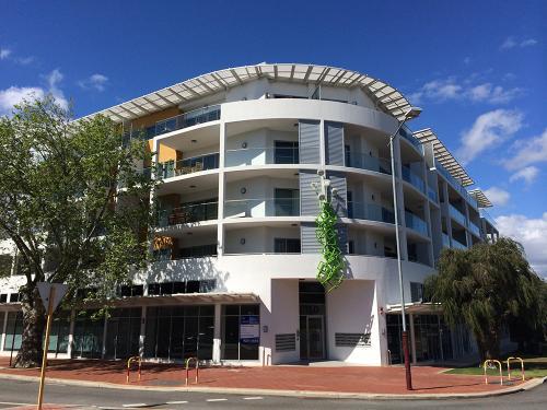 Stirling St, Perth